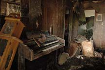 Interior of a New Orleans home September 2005 ©2006 Scott Braley