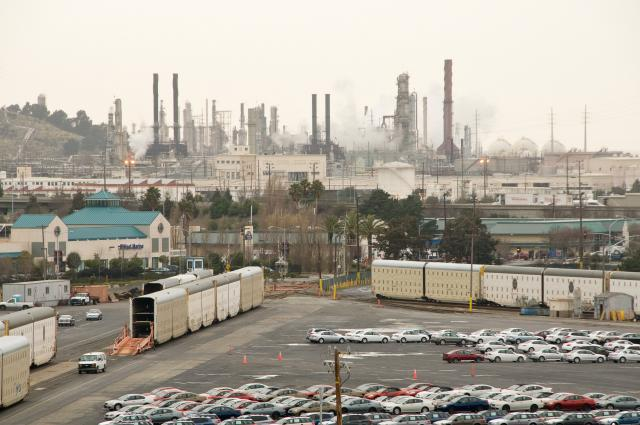 Chevron Refinery in Richmond. © 2007 Scott Braley